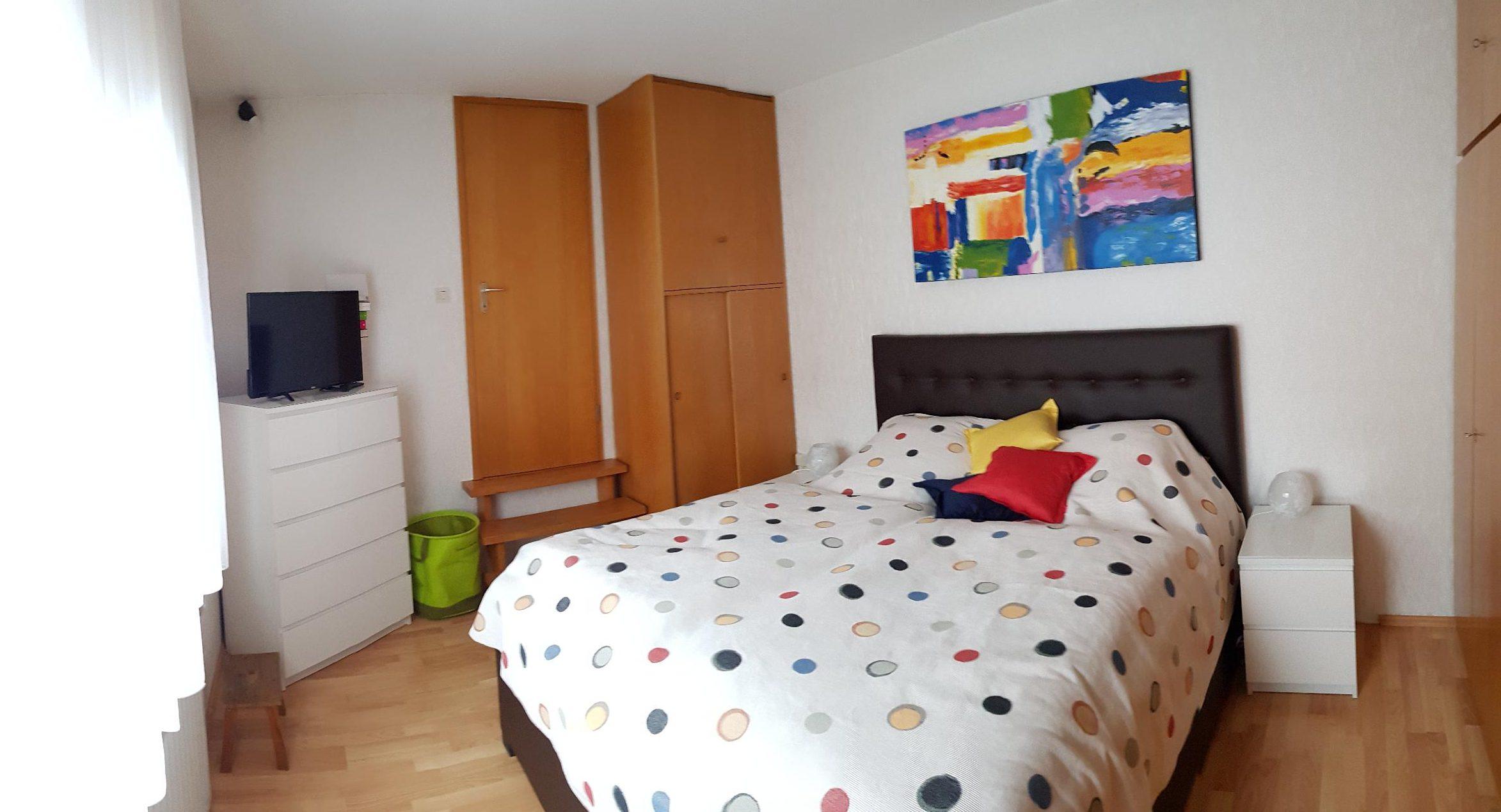 """Schlafzimmer Apartment """"Kunterbunt"""""""